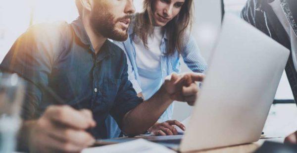 4 hábitos que você precisa adotar na hora de organizar o seu gabinete